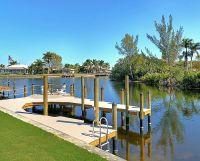 Dock und Wasserlage